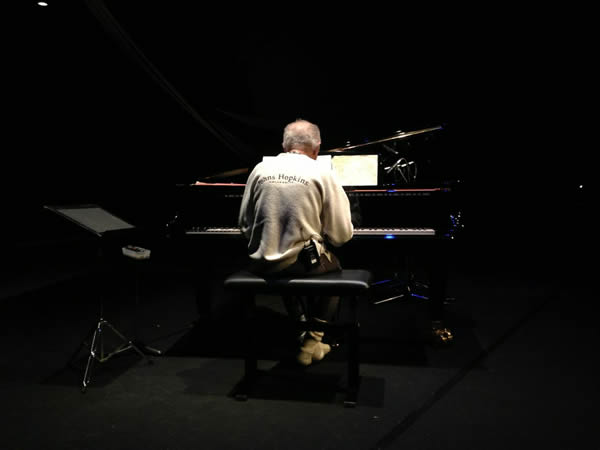 Free Jazz master hands, Cecil Taylor Japan stage